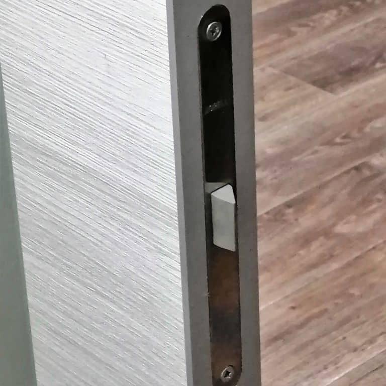 Tehno Z1 Дуб белый поперечный кромка алюминиевая
