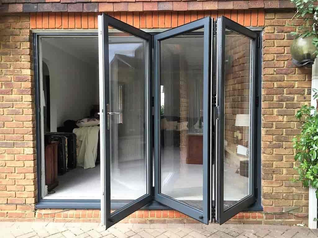 складные алюминиевые двери