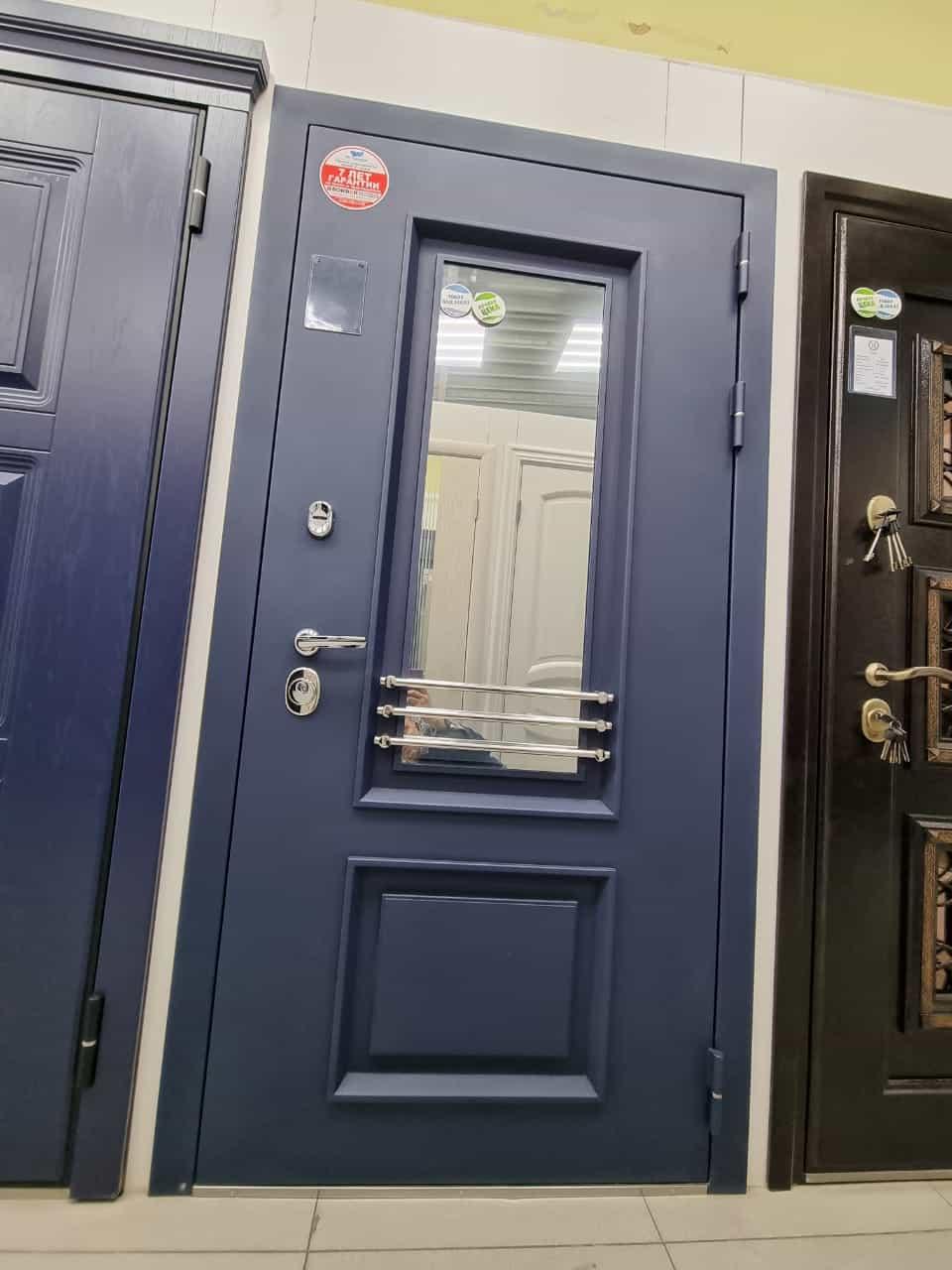входная дверь со стеклопакетом Брайтон